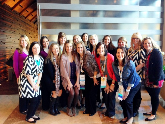 Laura with fellow Consultants at the Dallas Convention.