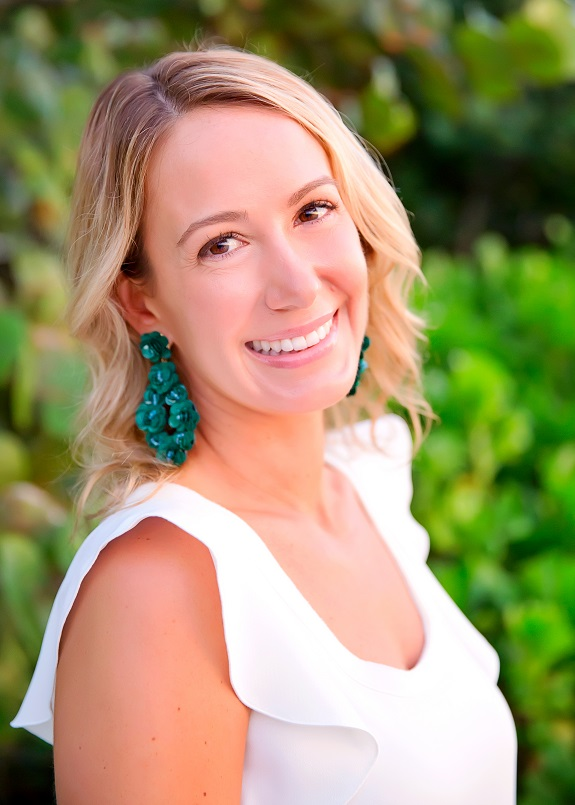 R+F Consultant Gina Naylor headshot