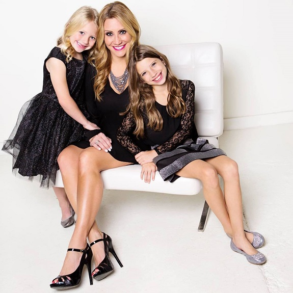 R+F Consultant Melanie Snare with daughters