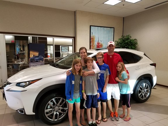 Rodan + Fields Consultant - Jen Tarara with Lexus