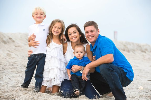 Rodan + Fields Consultant - Kristen Ludwig and Family